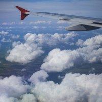 под крылом самолета :: Slava