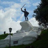 Памятник генералу Дорохову :: Мила