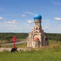 Покровская церковь в деревне Ельня :: Константин