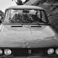 Поездка на старом автомобиле :: Сергей Шаврин