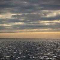 Тучи над морем 2 :: Женечка Зяленая