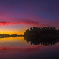 Осенняя заря, или тот север ярко-красочный. :: Фёдор. Лашков