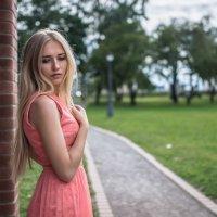Прогулка в Лошицком парке :: Максим Соловей