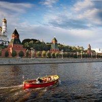 Плыла качалась лодочка по Москве-реке... :: Nikanor