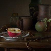 Про яблочко наливное :: Lev Serdiukov
