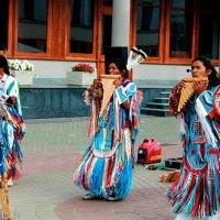 Приключения индейцев в России :: Kristin Minasova