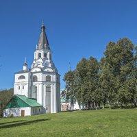 Распятская церковь-колокольня :: Сергей Цветков