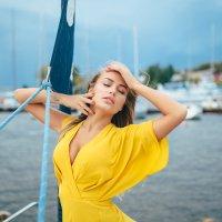 Мария на яхте :: Женя Кадочников