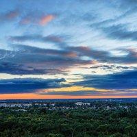 Закат над нашим городком :: Анатолий