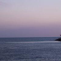Море так и притягивает к себе.. :: Анастасия Долгополова