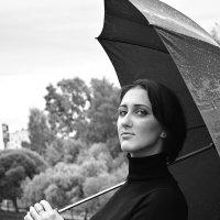 Фотосессия с зонтом 3 :: Дмитрий Печенкин