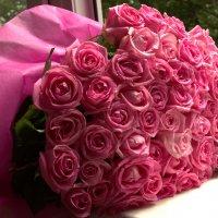 дождь и розы :: Александра