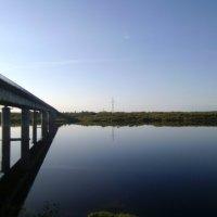 Мост в синеве утра :: Николай Туркин