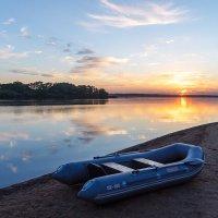 Закат на озере :: Михаил Ермаков