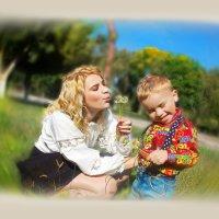 Один такой он у нее, сынишка-шалунишка ........ :: Людмила Богданова (Скачко)