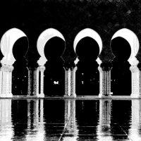 Мечеть шейха Заеда.. или фазы Луны... :: Рустам Илалов