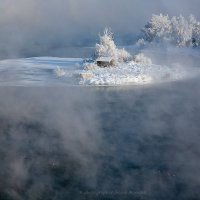 Островок на Ангаре :: Алексей Белик