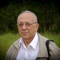 Автопортрет :: Александр Володарский