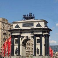 Триумфальная арка на Кутузовском проспекте. :: Peripatetik