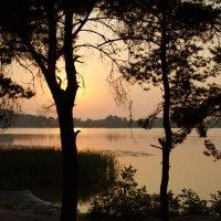 Рассвет на Большом Чёрном озере. :: Вячеслав Ганиев