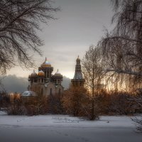 Пейзаж с недостроенным храмом :: Роман Рыбальченко