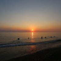 вечернее купание :: valeriy khlopunov