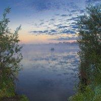 Лодка в тумане 2 :: Роман Александрович