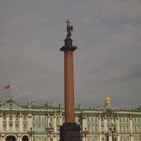 Дворцовая площадь. Александровская колонна (Санкт-Петербург) :: Павел Зюзин