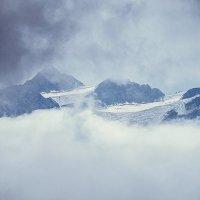Горные вершины в тумане :: Zifa Dimitrieva