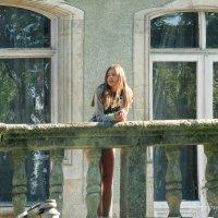 В раздумьях на балконе замка Шенборна :: НаталиЯ ***