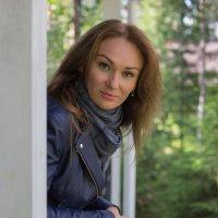 портрет в тени 2 :: Евгения Пешакова