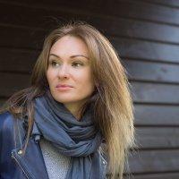 портрет в тени 3 :: Евгения Пешакова