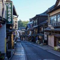 Японская улочка .Токио :: Slava Hamamoto