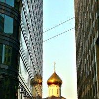 Москва-город контрастов :: Михаил Трофимов