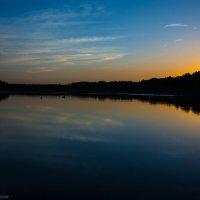Закат на пруду :: Александр Мантров