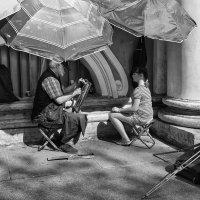У стены Зимнего дворца :: Владимир Лисаев