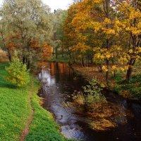Осень в Ораниенбауме :: Ирина Румянцева