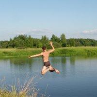 Смелый прыжок ( вар. 2 ) :: Святец Вячеслав