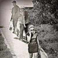 он оглянулся посмотреть не оглянулась ли она чтоб посмотреть не оглянулся ли я :: Dmitry i Mary S