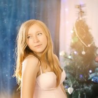 Уже новогоднее настроение) а то не успею сфотографироваться под новый год с животиком) :: Татьяна Костенко (Tatka271)