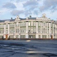 Здание построено в 1904 г.(сейчас в нем городская администрация Вологды) :: irina