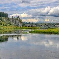 Река Чусовая, скала Богатырь, пос. Староуткинск. :: Пётр Сесекин