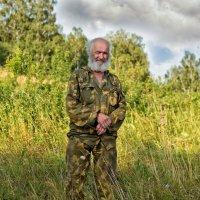 В траве :: Дмитрий Конев