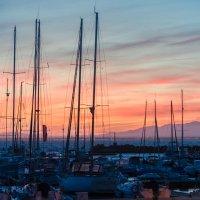 Закат в порту и все его краски. :: Ирина Кеннинг
