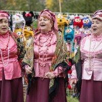 Споём, как кони мчатся в поле :: Ирина Данилова