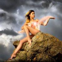 Девушка и грозовой перевал...5. :: Андрей Войцехов