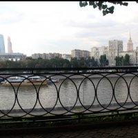 Вид на город :: Олег