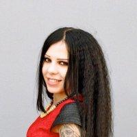 Девушка с татуировкой :: Ivan S.