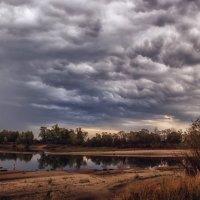 Осенние облака :: Ирина Приходько