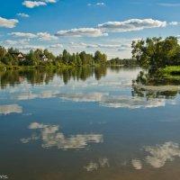В реку смотрятся облака... :: Виктор Евстратов